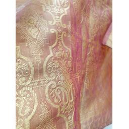 Golden-Shimmer4-773x1030.jpg